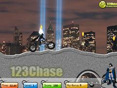 Batman cu motocicleta noaptea