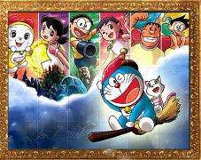 Doraemon aranjeaza piesele de puzzle